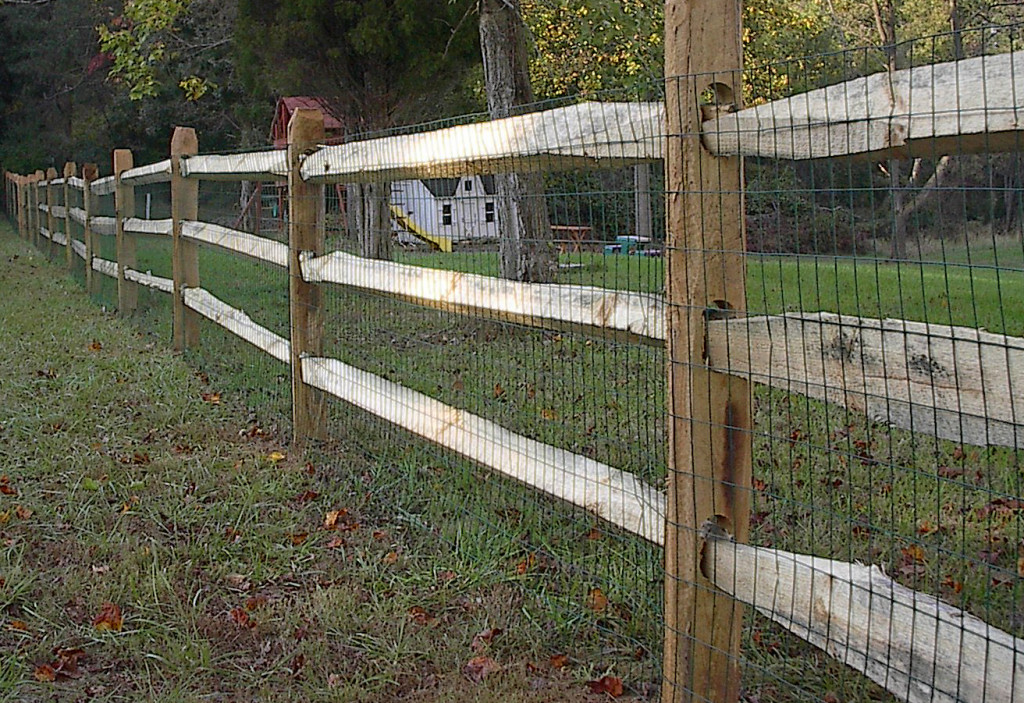 Five Great Benefits Of Split Rail Fence With Wire Home